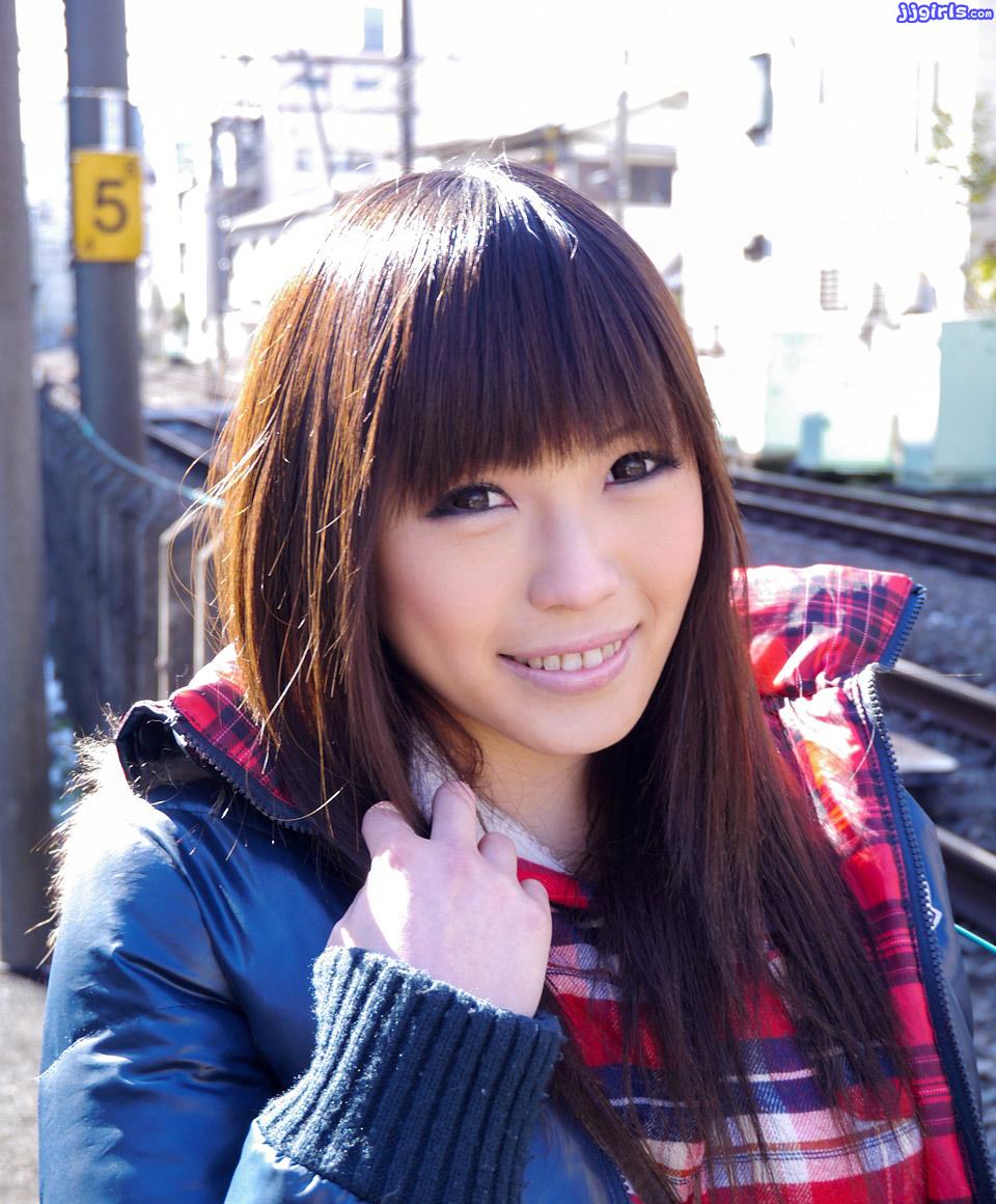 若葉くるみさんのプロフィールと画像集2ページ目   AV女優画像