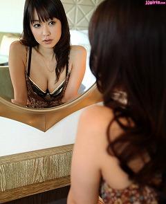 篠田ゆう画像9枚目