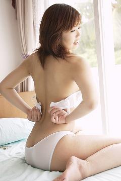 高橋ケイト画像4枚目